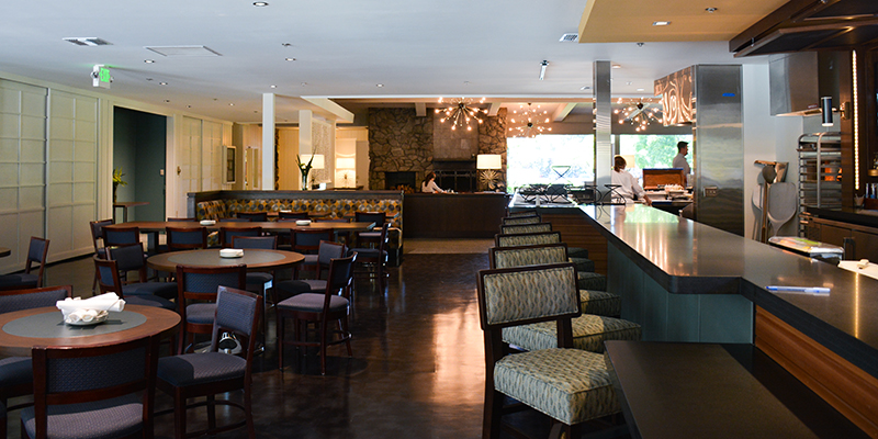 El MAcero Bar and Dining
